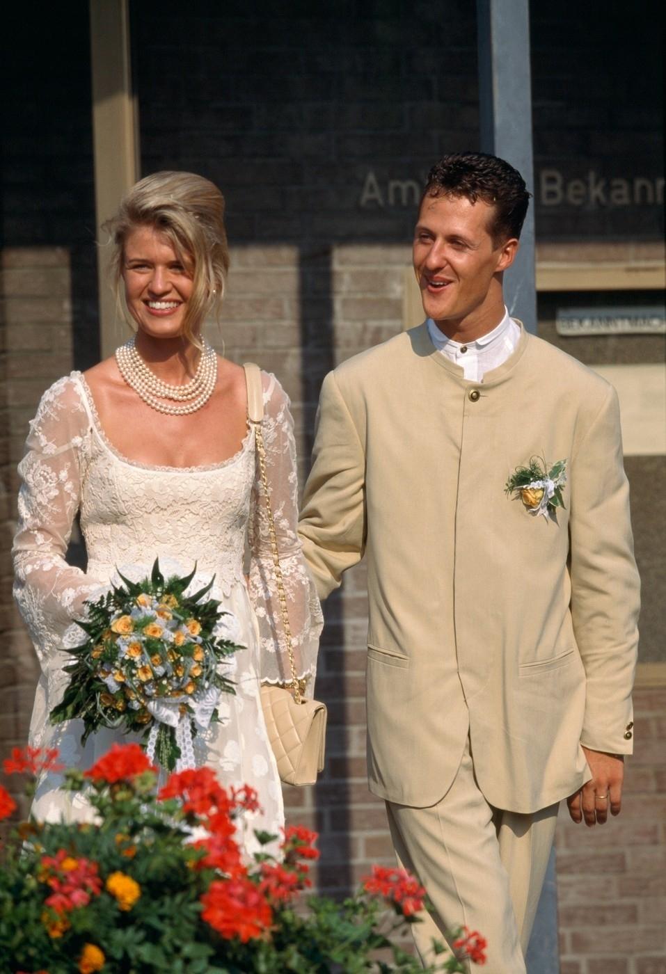 Michael Schumacher při svatbě se svojí ženou Corrinou
