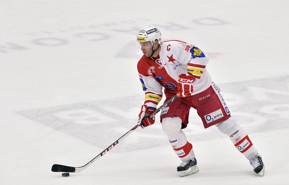 Slavia hostí v dohrávce Hradec Králové