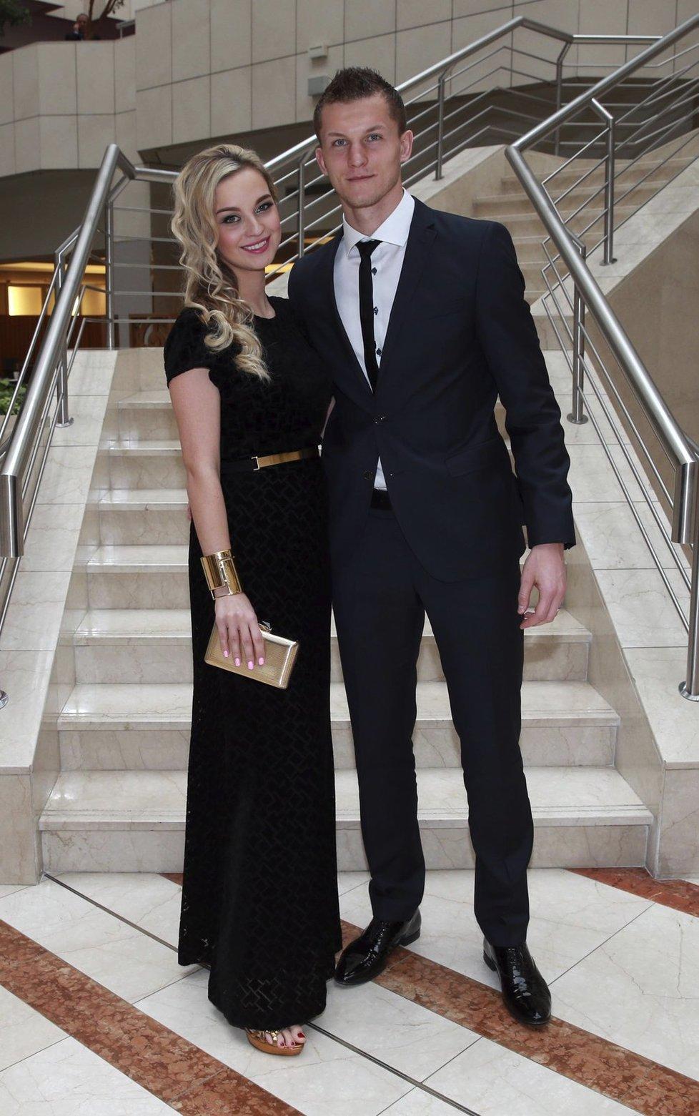 Tomáš Necid s manželkou Klárou