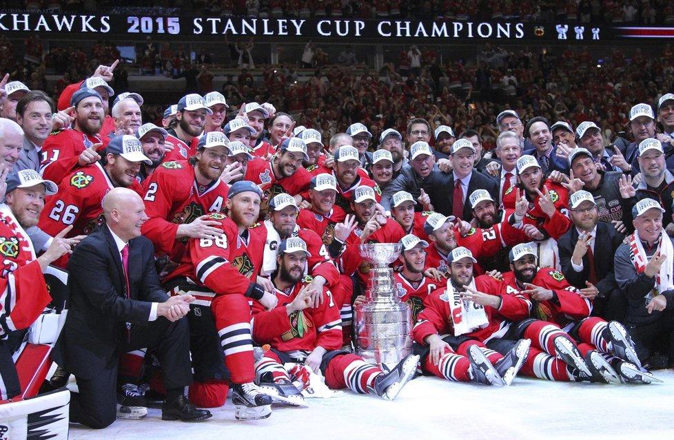 Vítězové Stanley Cupu pro rok 2015.