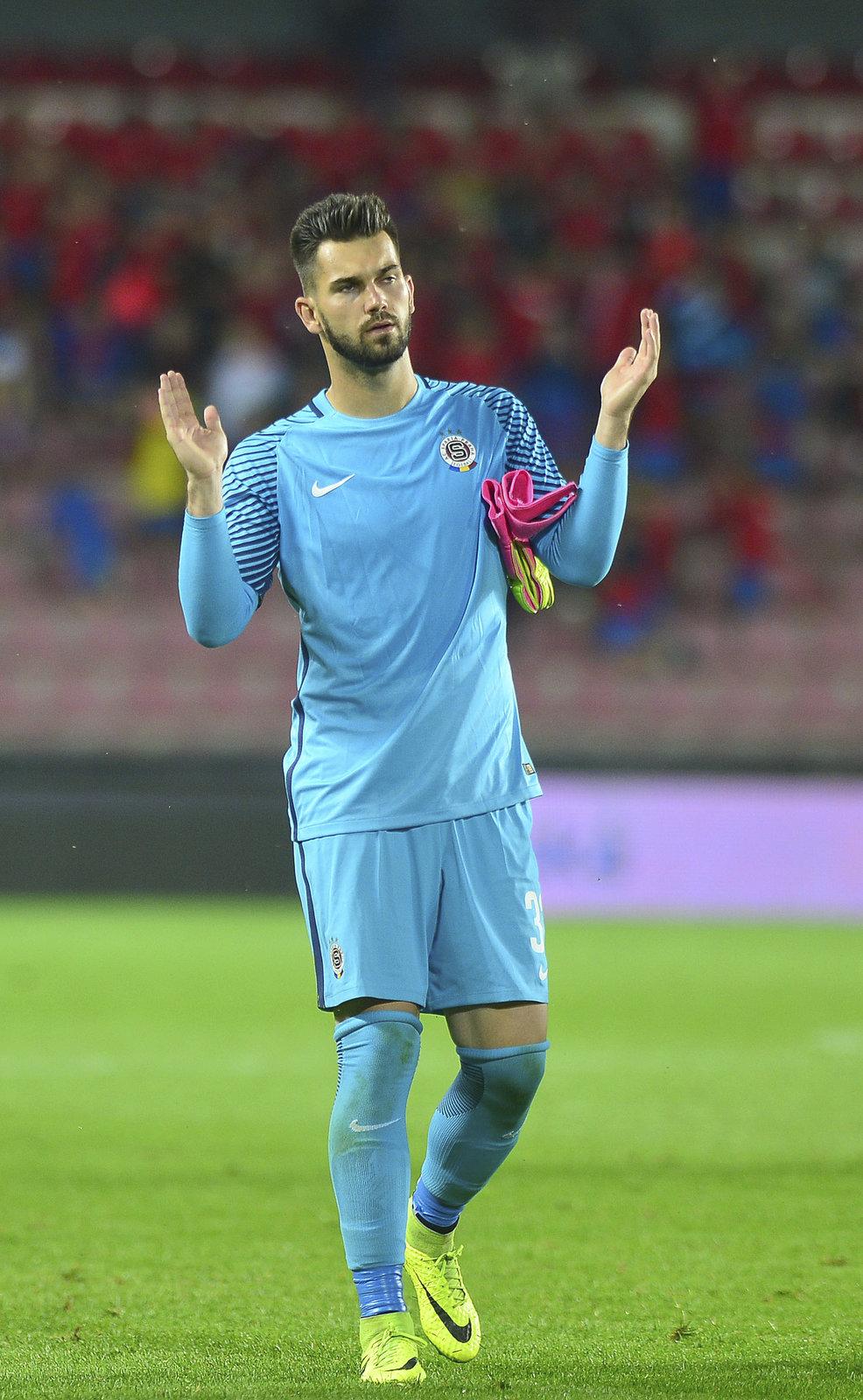 Brankář Sparty Tomáš Koubek odchytal druhý poločas přípravného duelu s Fenerbahce Istanbul.