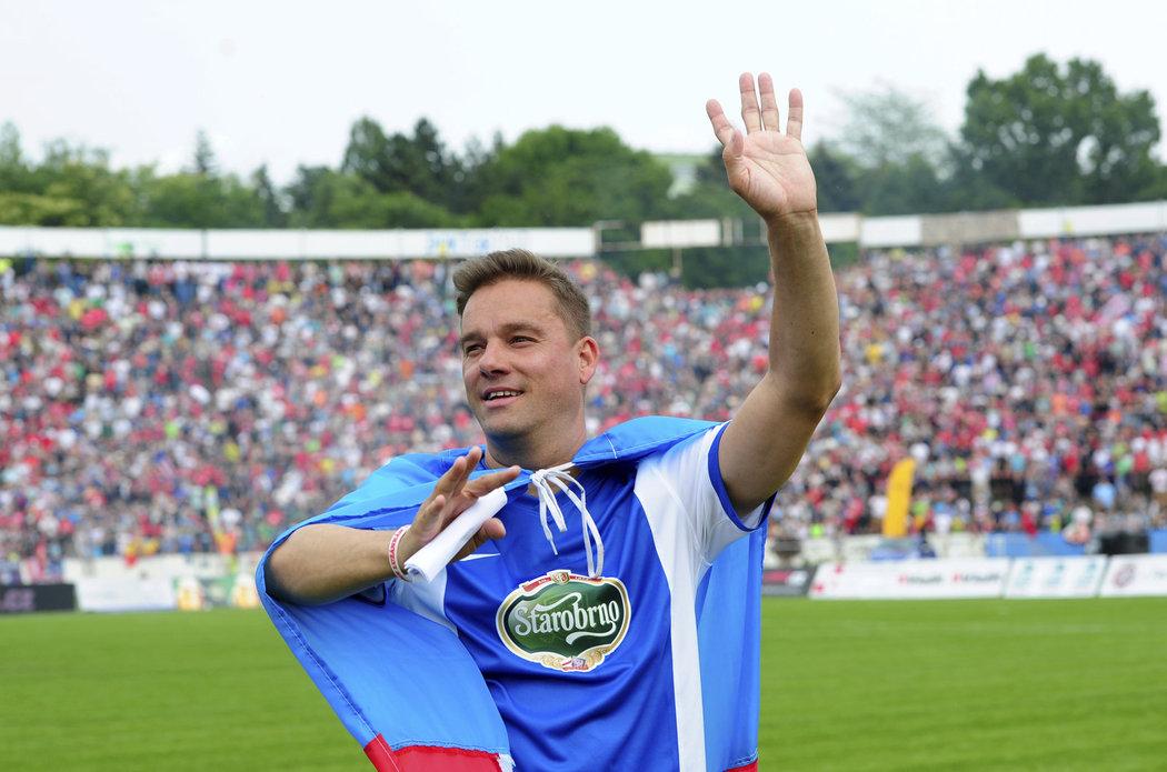 Petr Švancara při svojí rozlučce s kariérou na brněnském stadionu Za Lužánkami