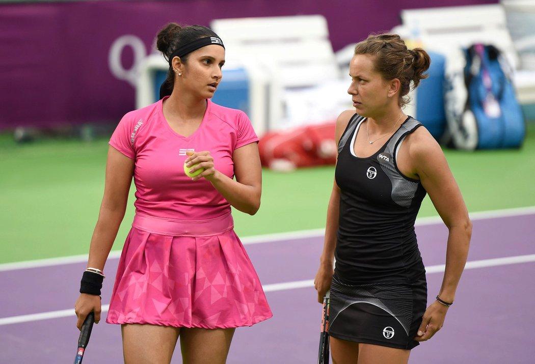 Se Sanií Mirzaová si zahrála a i Barbora Strýcová...