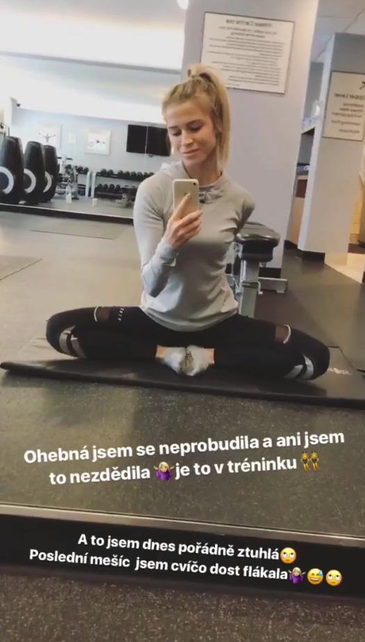 Veronika Kopřivová protahuje ohebné tělo