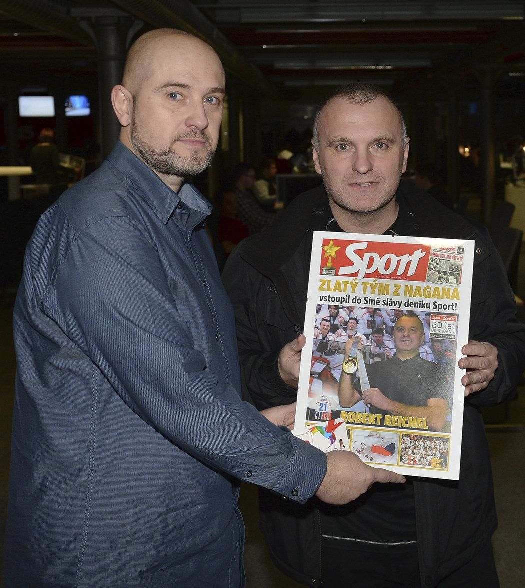 Titulní stranu deníku Sport převzal od šéfredaktora Lukáše Tomka také Robert Reichel