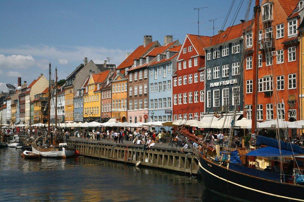 Kodaň je hlavní a největší dánské město. Je známá svým šetrným přístupem k přírodě