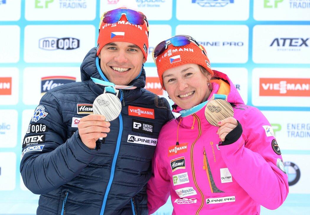 Michal Krčmář a Veronika Vítková ukázali v Jablonci své medaile