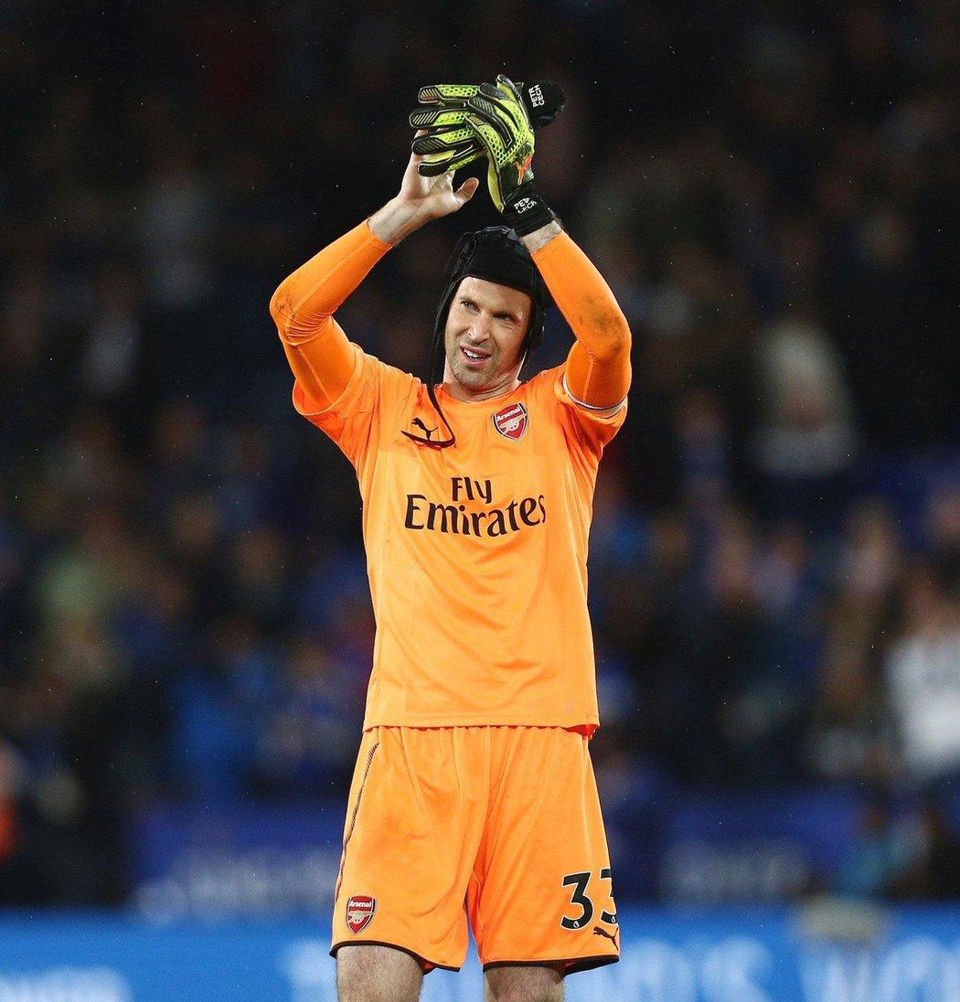 Ohrozí příchod Bernda Lena dosavadní jedničku Arsenalu Petra Čecha?