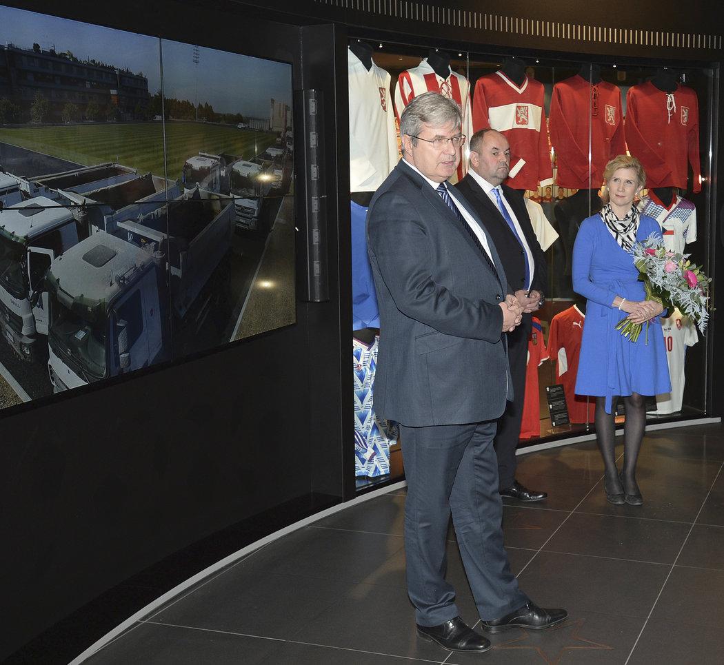 Miroslav Jansta s Miroslavem Peltou a nyní již bývalou ministryní školství Kateřinou Valachovou