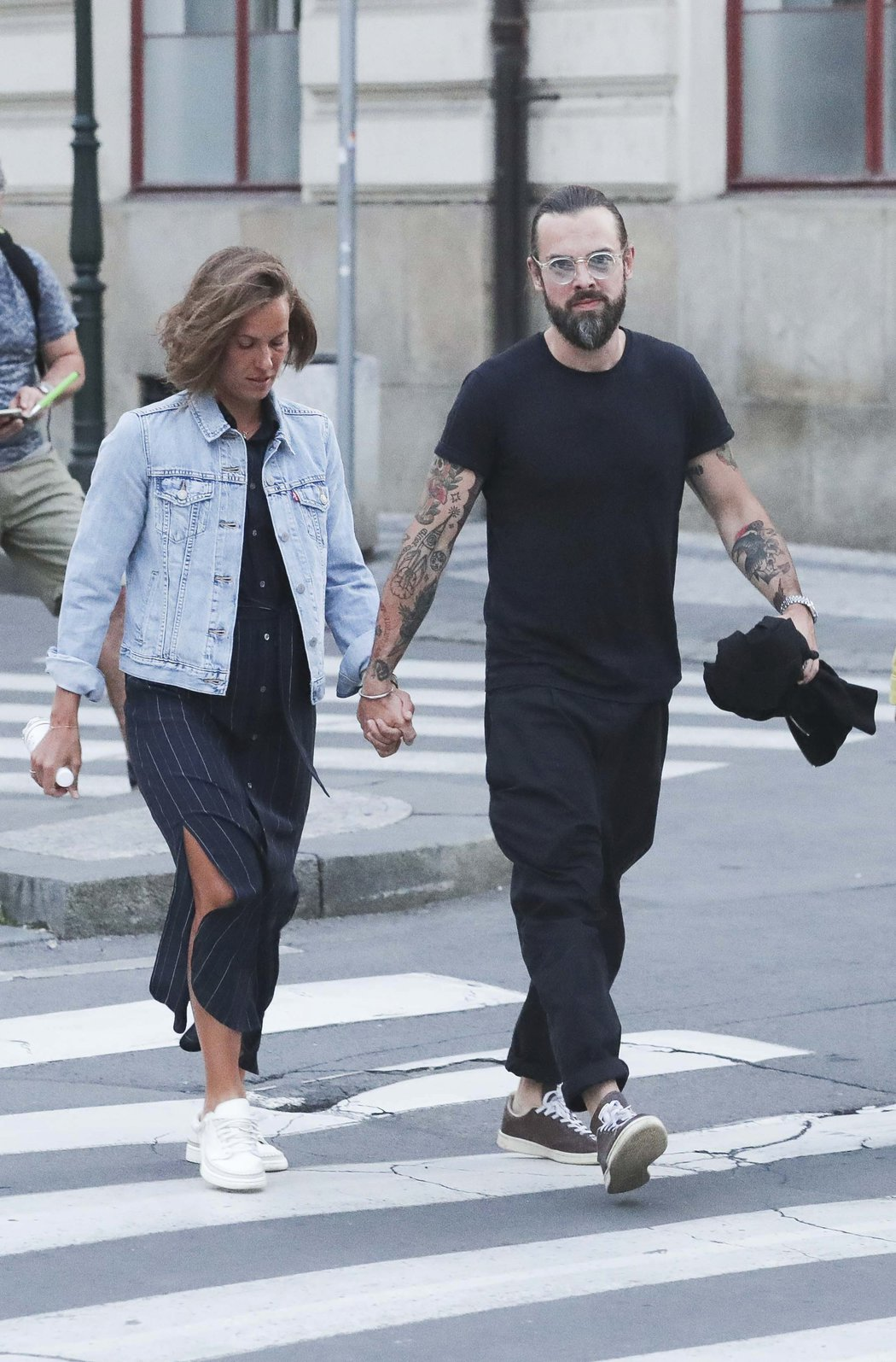 Barbora Strýcová a Petr Matějček vyrazili do centra Prahy. Nehnuli se od sebe ani na krok.