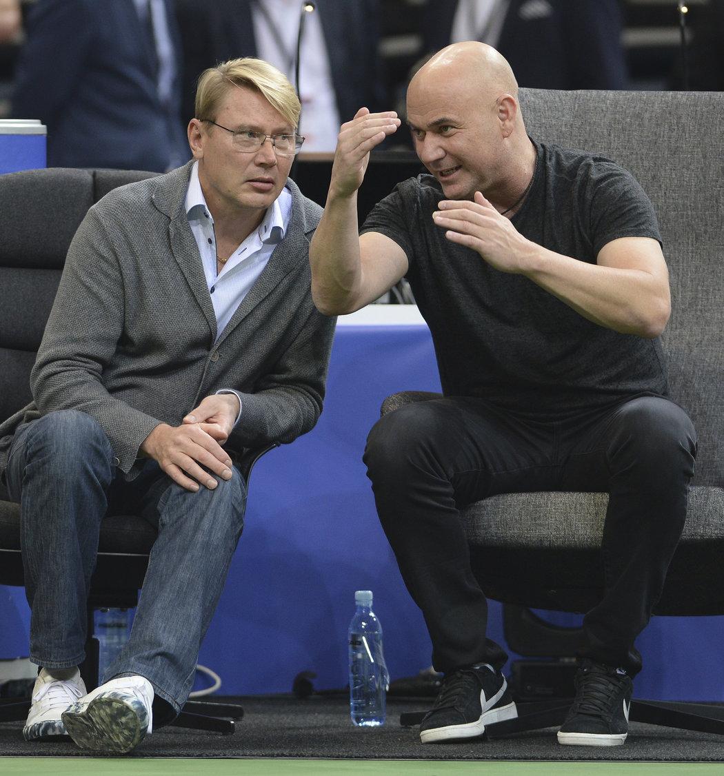 Dvě sportovní legendy v rozhovoru na Štěpánkově rozlučce: Mika Häkkinen a Andre Agassi
