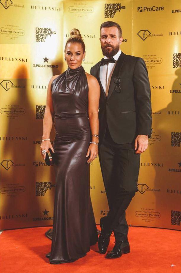 Dominika s manželem Michalem.