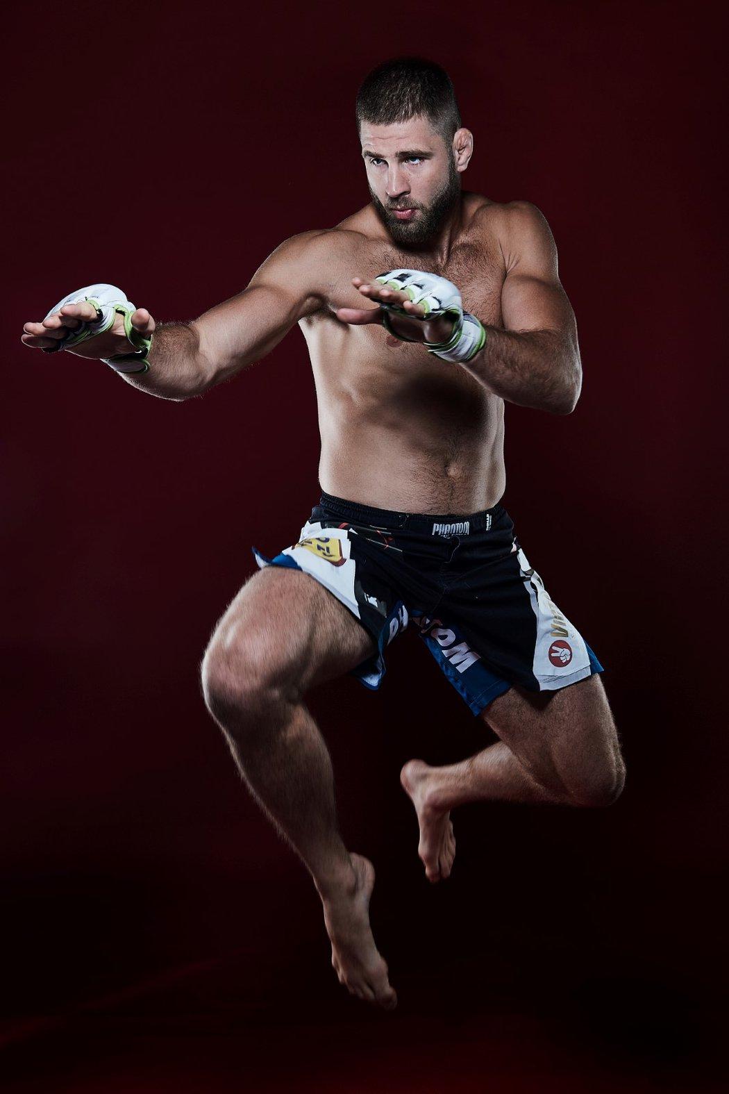 Nejlepší český MMA bojovník Jiří Procházka.