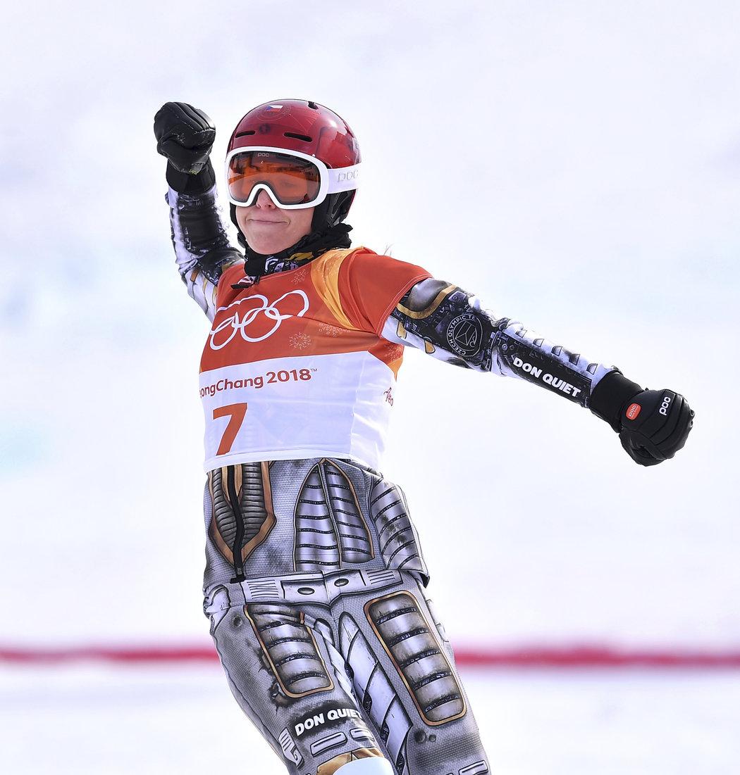 Snowboardistka a sjezdová lyžařka Ester Ledecká