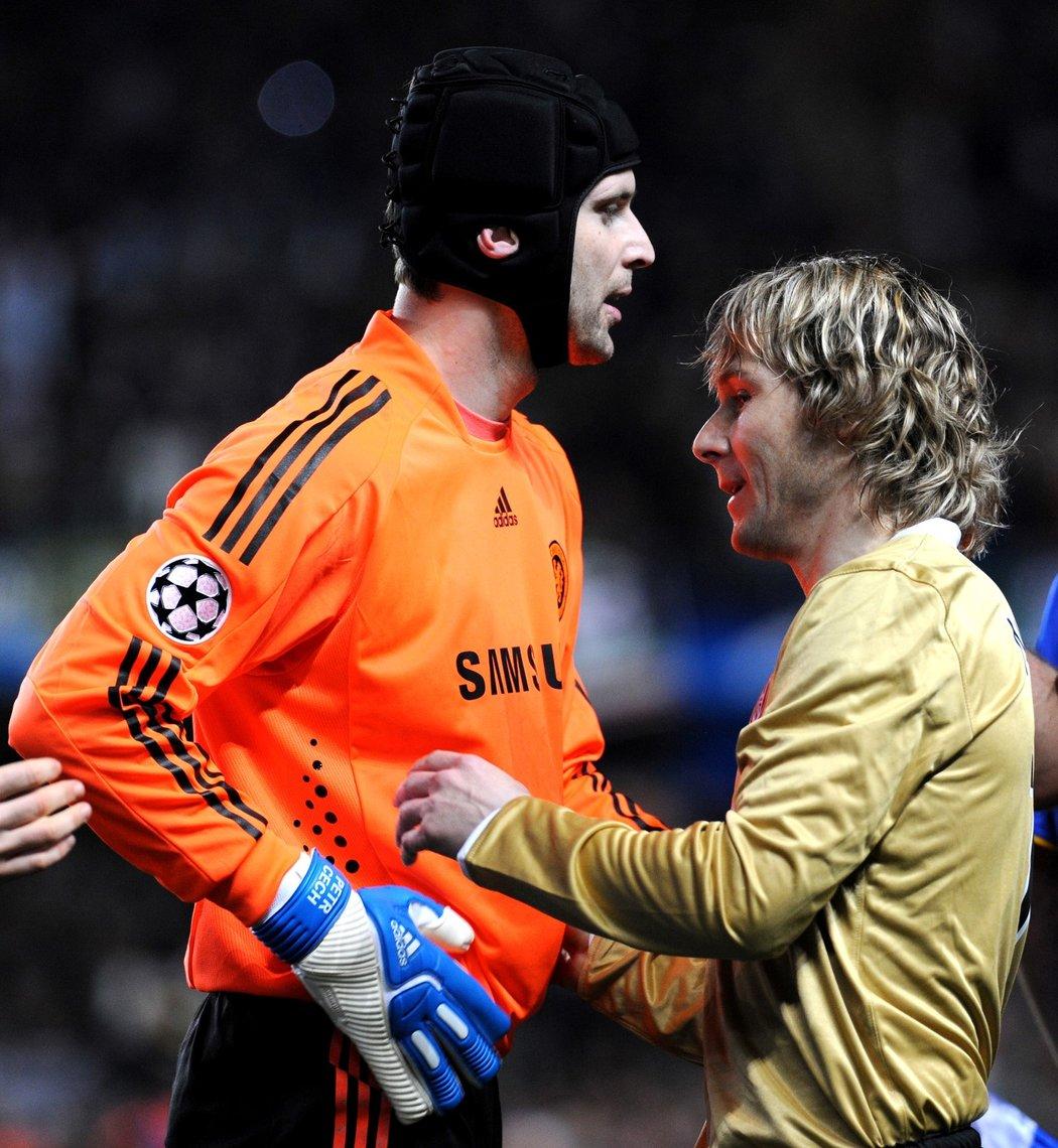 České legendy Petr Čech a Pavel Nedvěd proti sobě nastoupili v roce 2009 v rámci zápasu Ligy mistrů mezi Chelsea a Juventusem