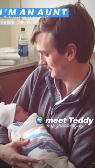 Malý Teddy se svým tatínkem...