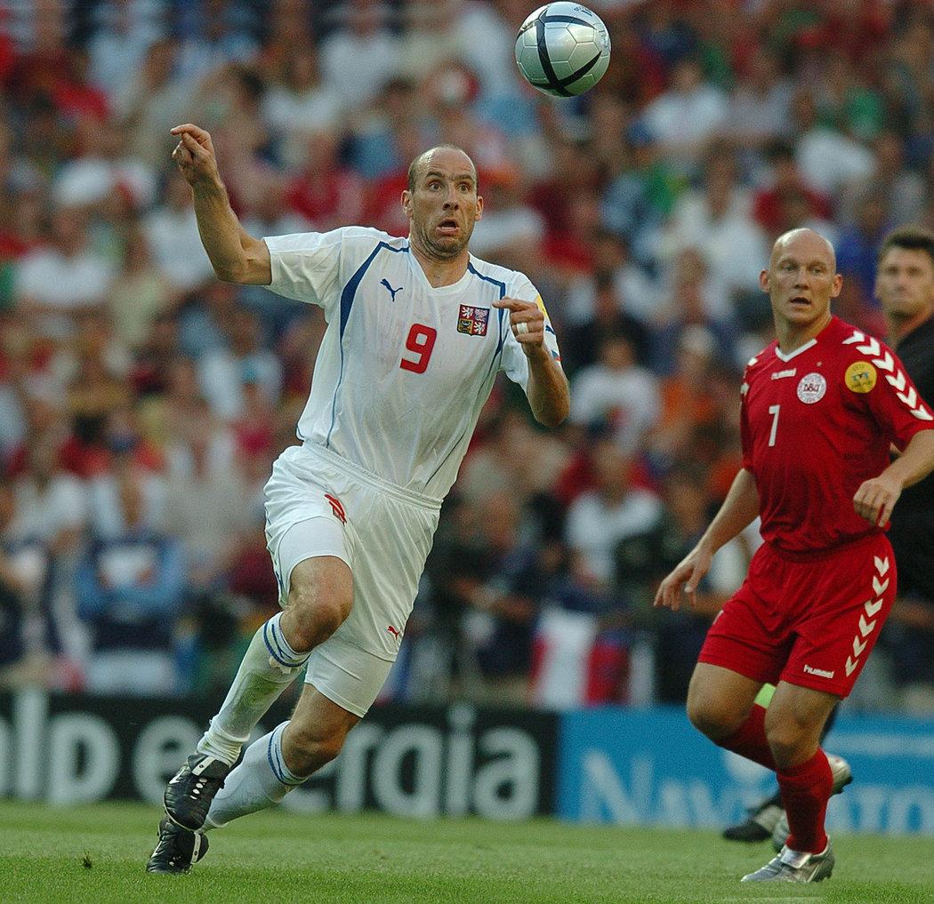 Jan Koller během čtvrtfinále EURO 2004 proti Dánsku (3:0)