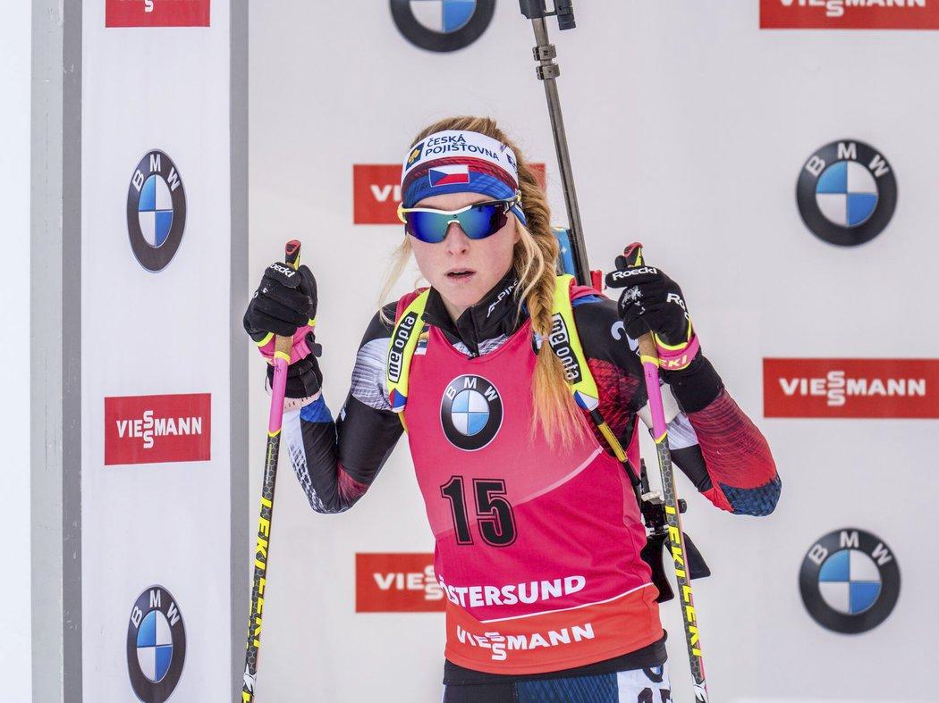 Markéta Davidová na startu vytrvalostního závodu na světovém šampionátu