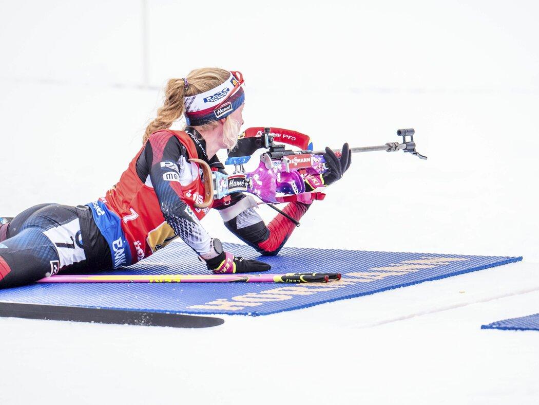 Markétě Davidové bylo líto Evy Puskarčíkové za její kolaps na střelnici při štafetě na žen na mistrovství světa