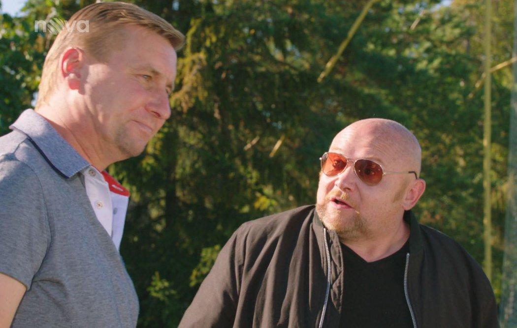 Horst Siegl si zahrál epizodní roličku v Kameňáku