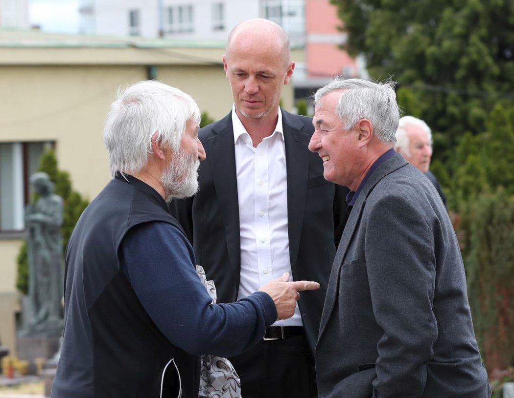 Legendární vyplétač raket Petr Jurosz v konverzaci s Františkem Pálou a jeho synem Petrem