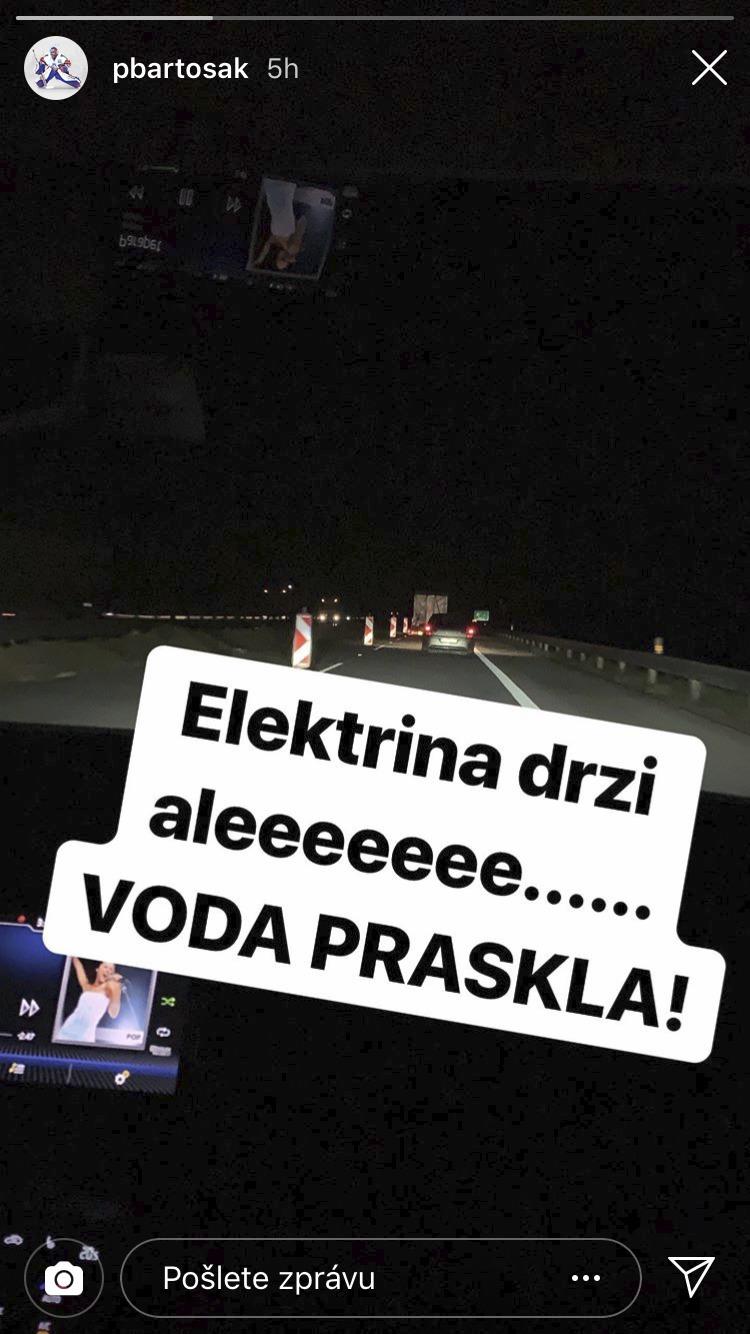Patrik Bartošák už v noci spěchal domů, aby stihl porod