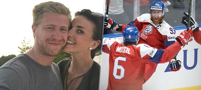 Jakub Voráček se s přítelkyní Markétou dočkali potomka