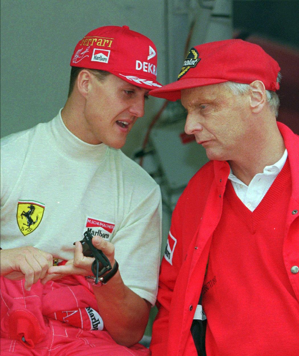 Niki Lauda a Michael Schumacher během společného působení u Ferrari.