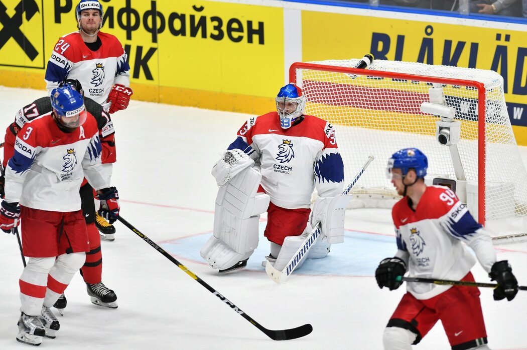 Čeští hokejisté se v semifinále museli sklonit před Kanadou, v neděli si zahrají o bronz proti Rusku