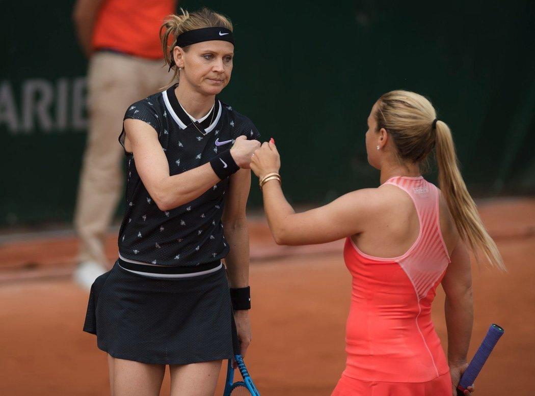 Lucie Šafářová odehrála v Paříži po boku Dominiky Cibulkové poslední zápas své kariéry