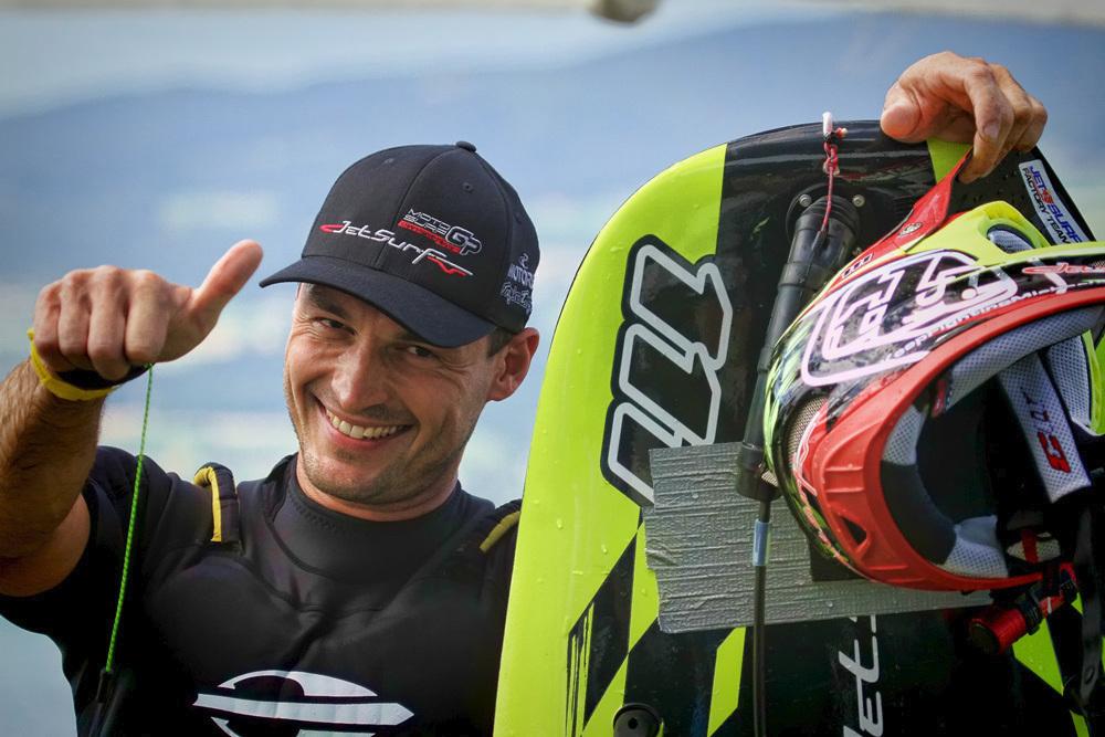 Díky Martinu Šulovi má Česko vlastní sport - jetsurf.
