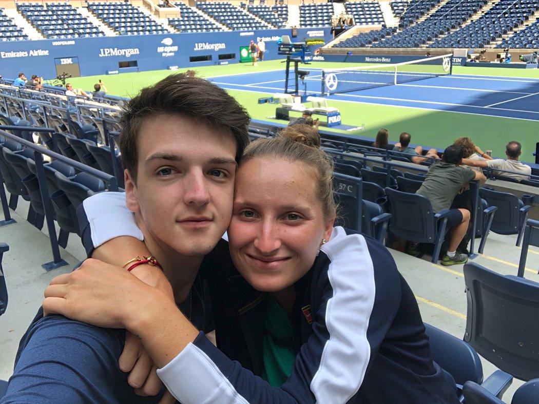 S přítelem Štěpánem Šimkem je Markéta Vondroušová na jedné vlně!