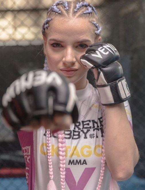 Krásná Petra Batthyányová přišla kvůli MMA o práci