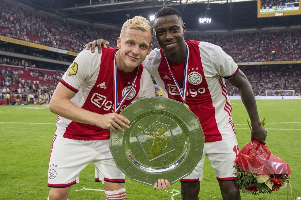 Donny van de Beek a Quincy Promes po zápase Ajax - PSV