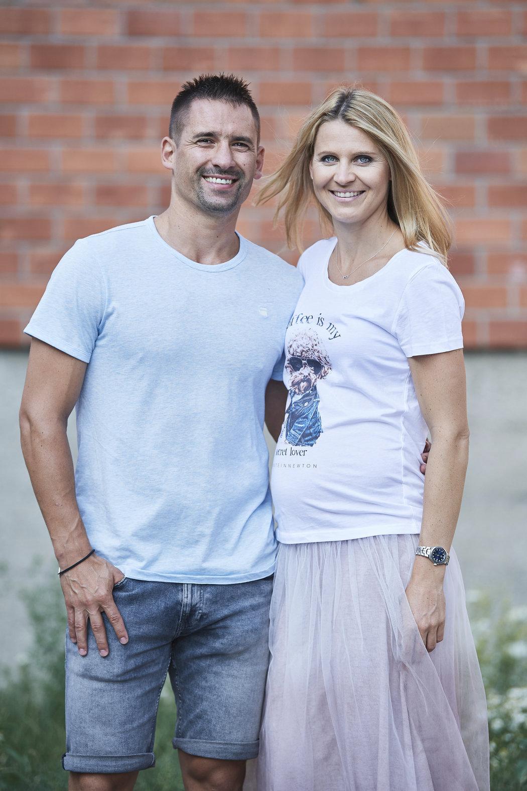 Lucie Šafářová s Tomášem Plekancem takhle pózovali pro Sport Magazín