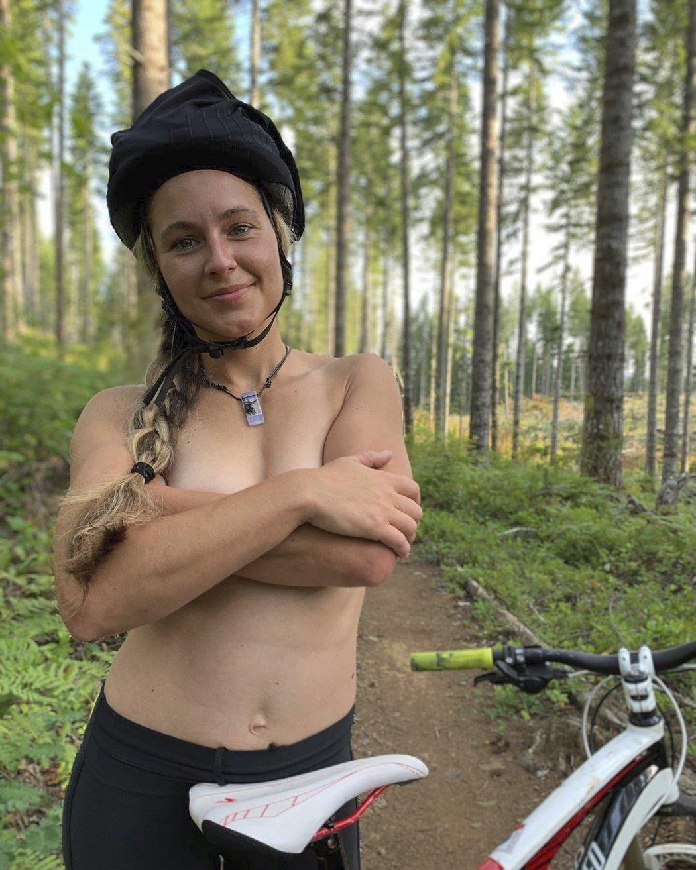 Budoucí žena české snowboardistky Pančochové sexy Kaileen
