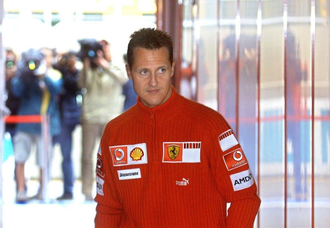 Sedminásobný mistr světa formule 1 Michael Schumacher byl dnes hospitalizován v nemocnici v Paříži