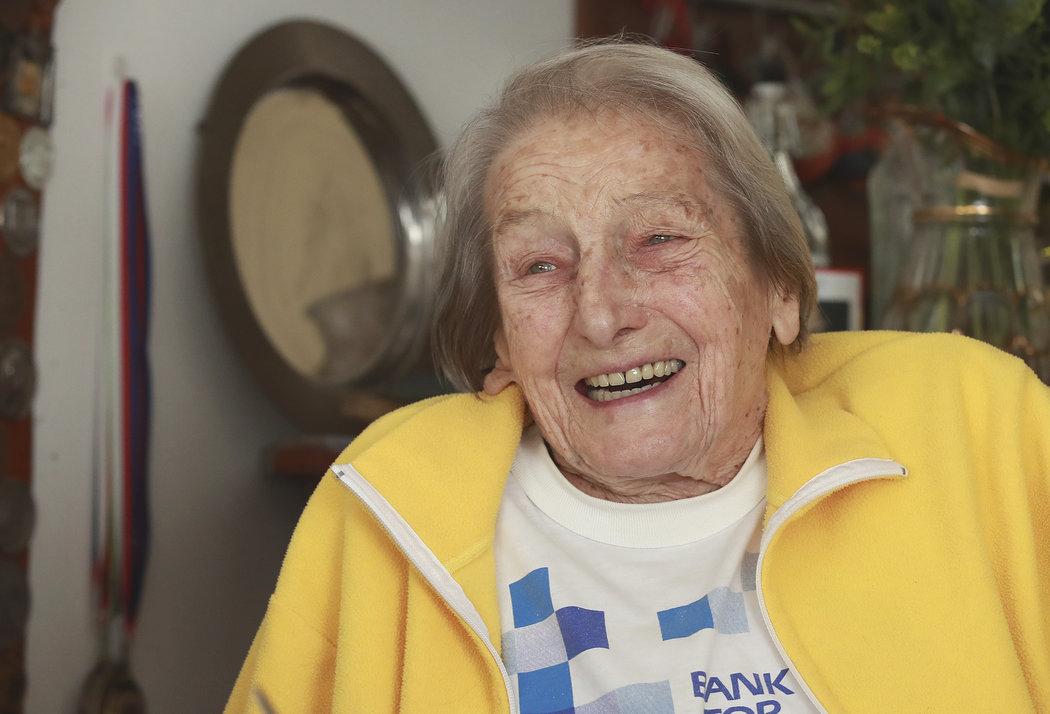 Dana Zátopková se dožila neuvěřitelných 97 let