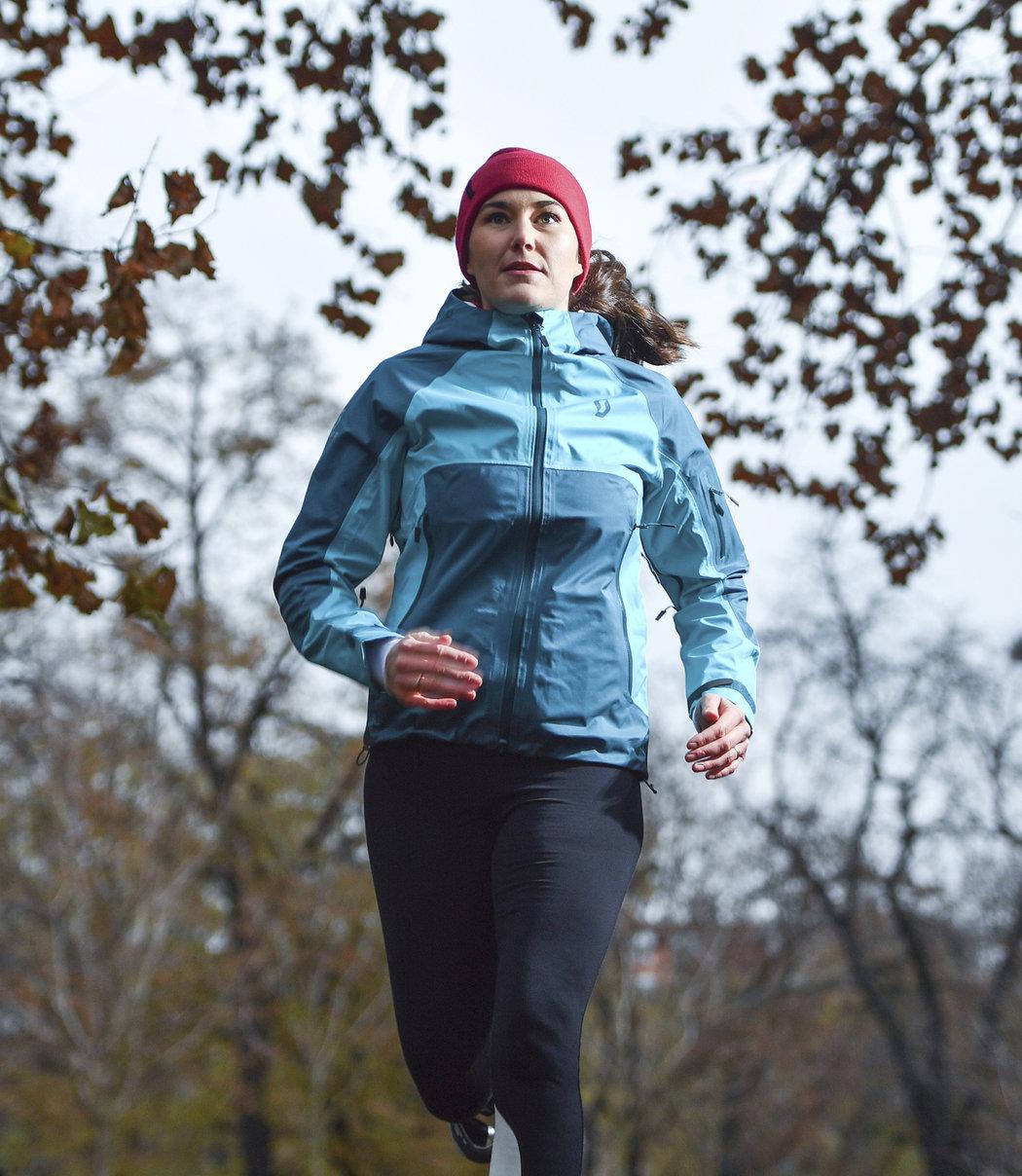 Pravidelný pohyb a pobyt na vzduchu má příznivý vliv nejen na naši tělesnou hmotnost nebo kardiovaskulární systém, ale i na psychickou pohodu