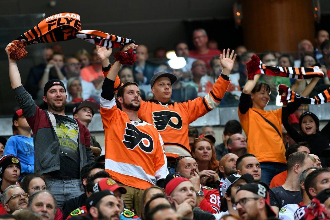 Větší radost z pražského utkání v O2 areně museli mít fanoušci Flyers