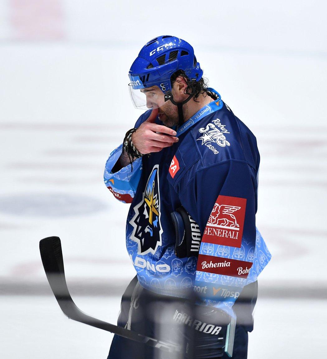 Kladenská legenda Jaromír Jágr smutní po porážce s Pardubicemi