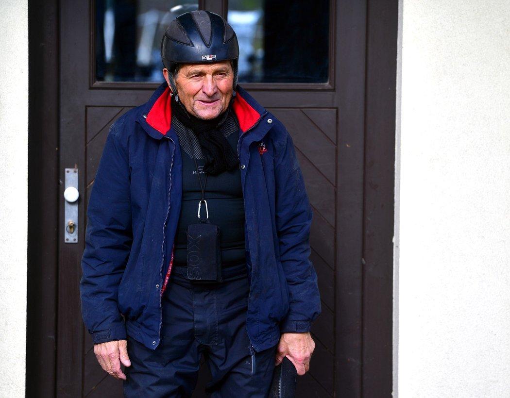 Josef Váňa vyráží na tréninkovou jízdu v domovské Chyši