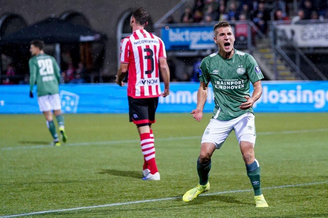 Český fotbalista Michal Sadílek přispěl gólem k remíze PSV Eindhoven na hřišti Sparty Rotterdam 2:2