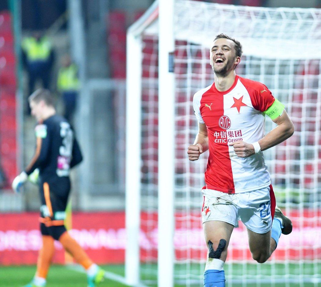 Tomáš Souček vstřelil z penalty gól v utkání Slavie s Teplicemi