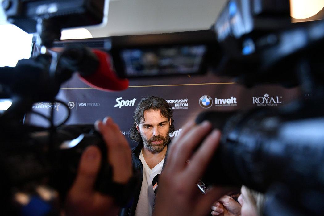 Jaromír Jágr během listopadové tiskové konference