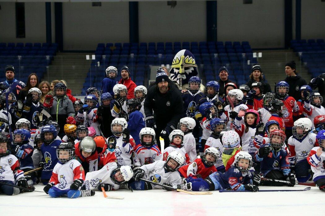 Jaromír Jágr na náborové akci Pojď hrát hokej, kde byl na ledě s malými začínajícími hokejisty
