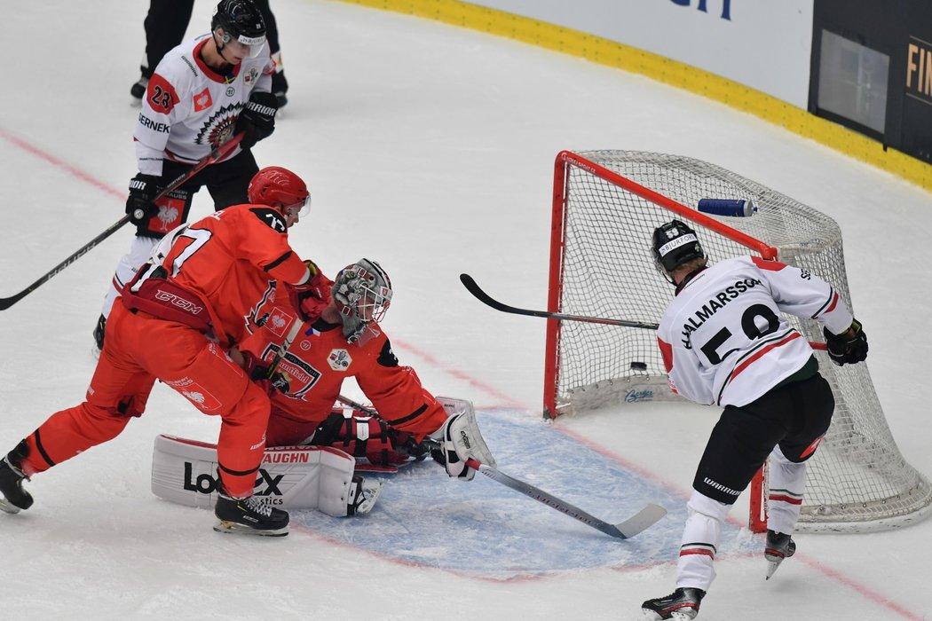 Simon Hjalmarsson vyrovnává finále na 1:1