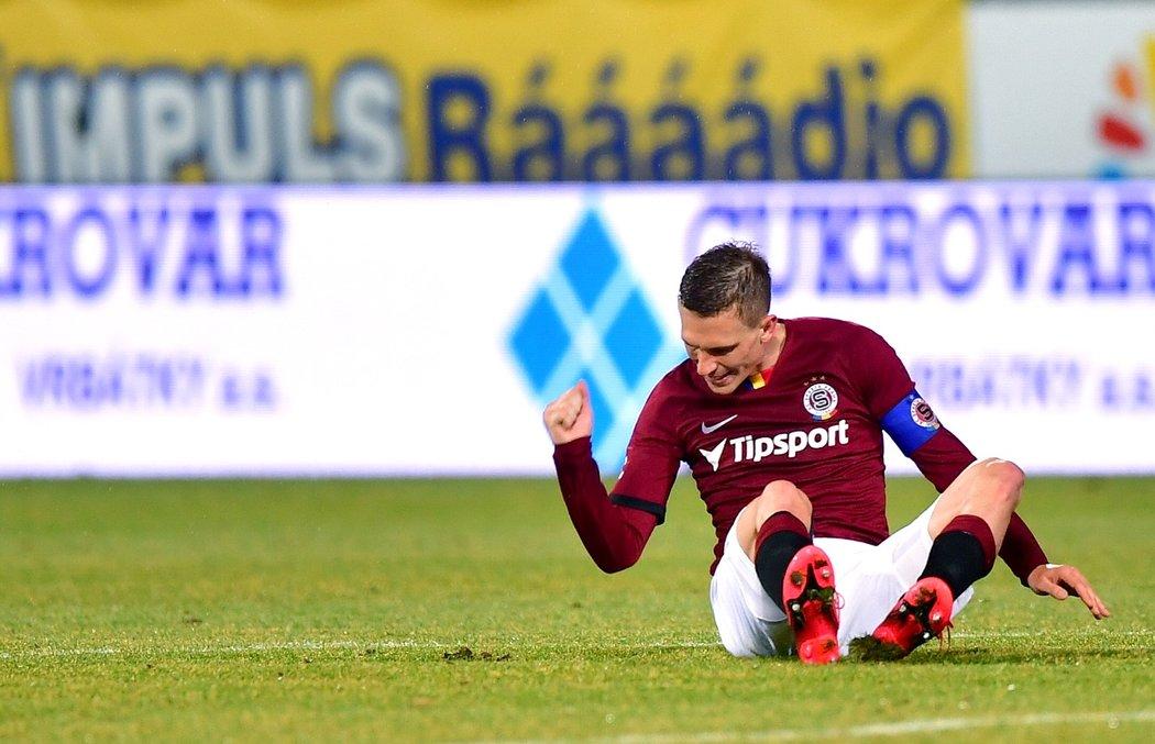 Nespokojený kapitán Sparty Bořek Dočkal během zápasu s Olomoucí