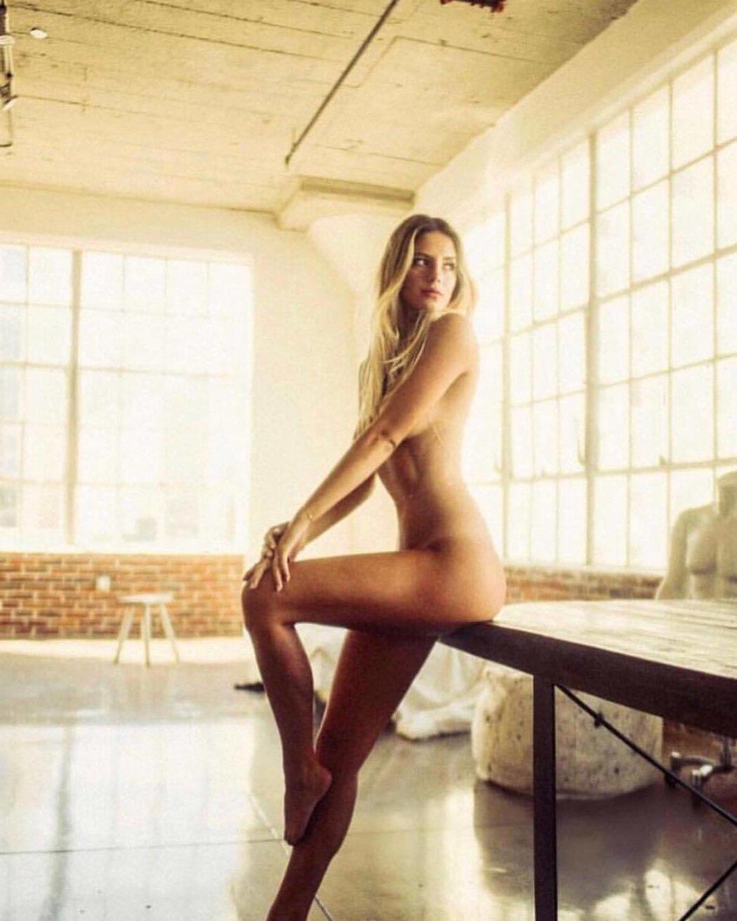 Sarah Kohenová miluje být nahá