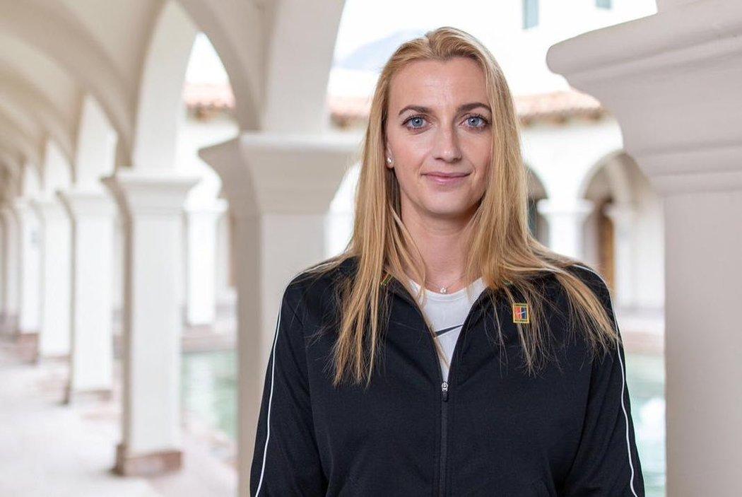 Petra Kvitová musí na zápasy prozatím zapomenout, a tak je z ní dočasně modelka!